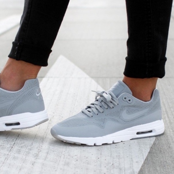 Nike Women's Air Max 1 Ultra Moire Grey Sneakers